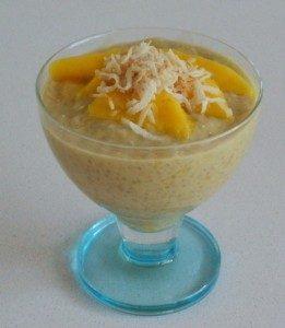 Quinoa, coconut and mango pudding